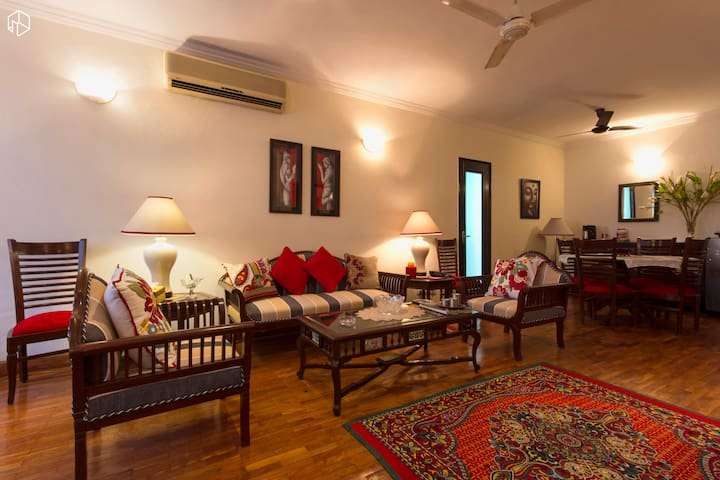 Route21 @Dev BoutiqueHomeStaySuite1 - New Delhi  - Bed & Breakfast
