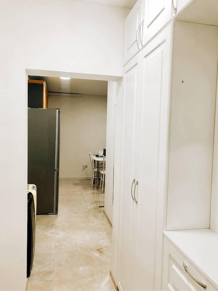 Супер-комната с верандой в центре Сочи