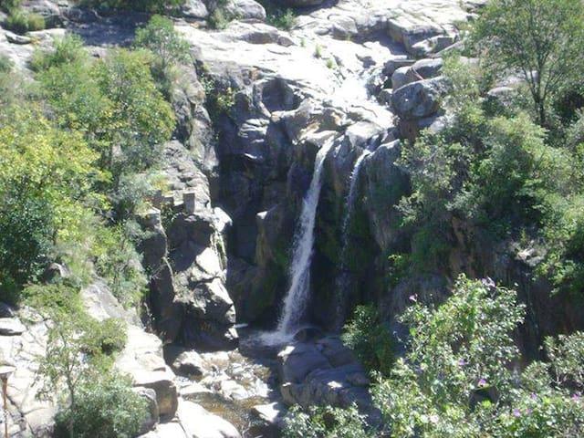 Sierras y arroyos ,descanso en Tanti