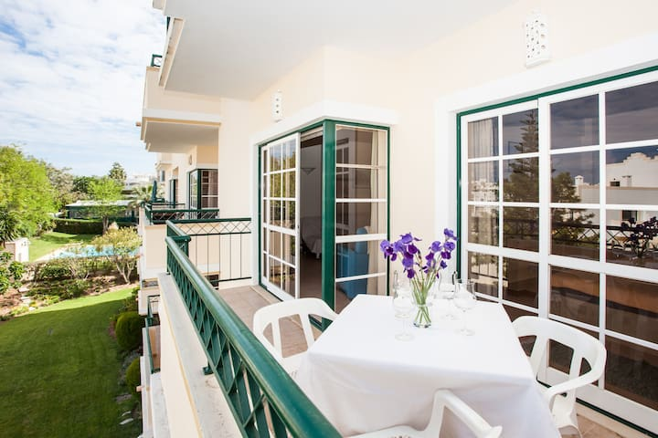 Nice sunny apartment in Alvor