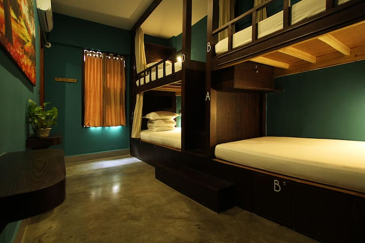[Guilin Central Hostel] A nice comfy bed in dorm