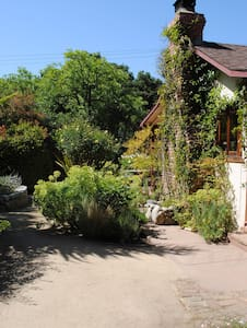 Tranquil Garden Retreat - Carmel Valley