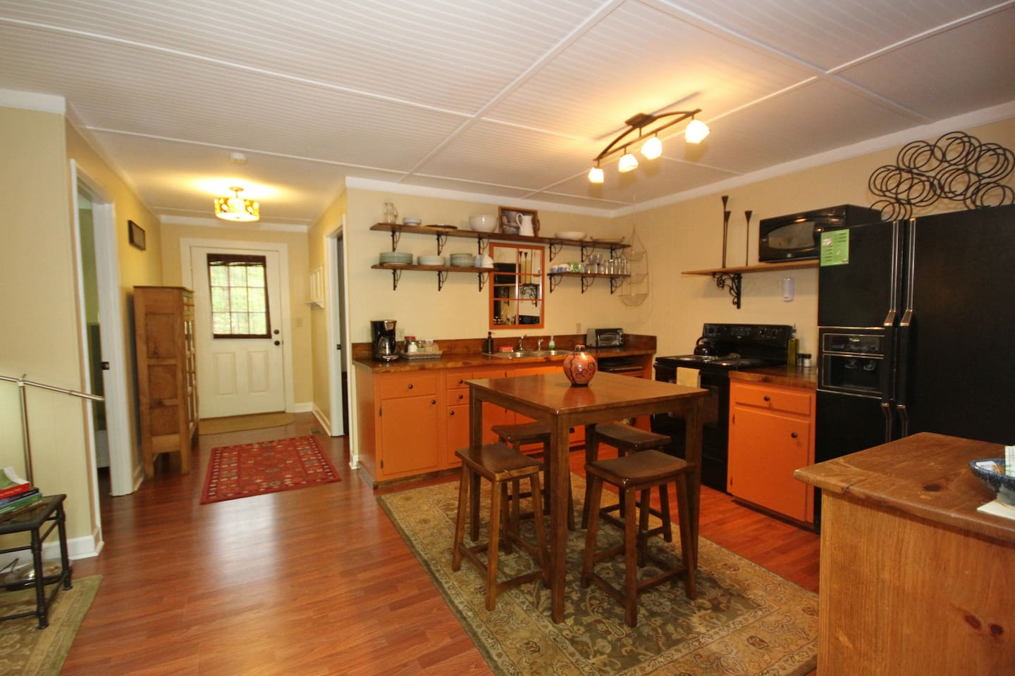 breezy vale cottage 1 bdrm withw d cabins for rent in black