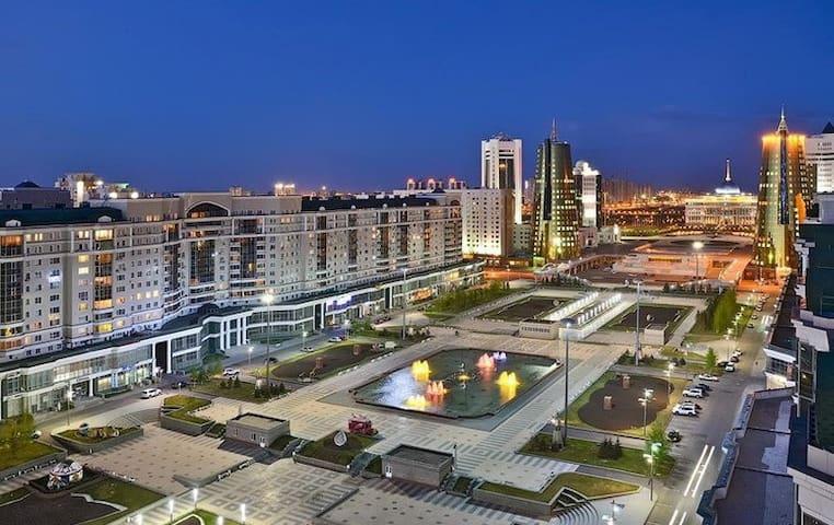 Шикарная Элитная 3комн кв с видом на Байтерек - Astana - Apartment