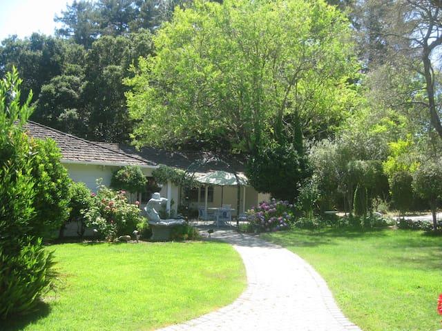 Serene House in 1.5 Acre Resort like setting.