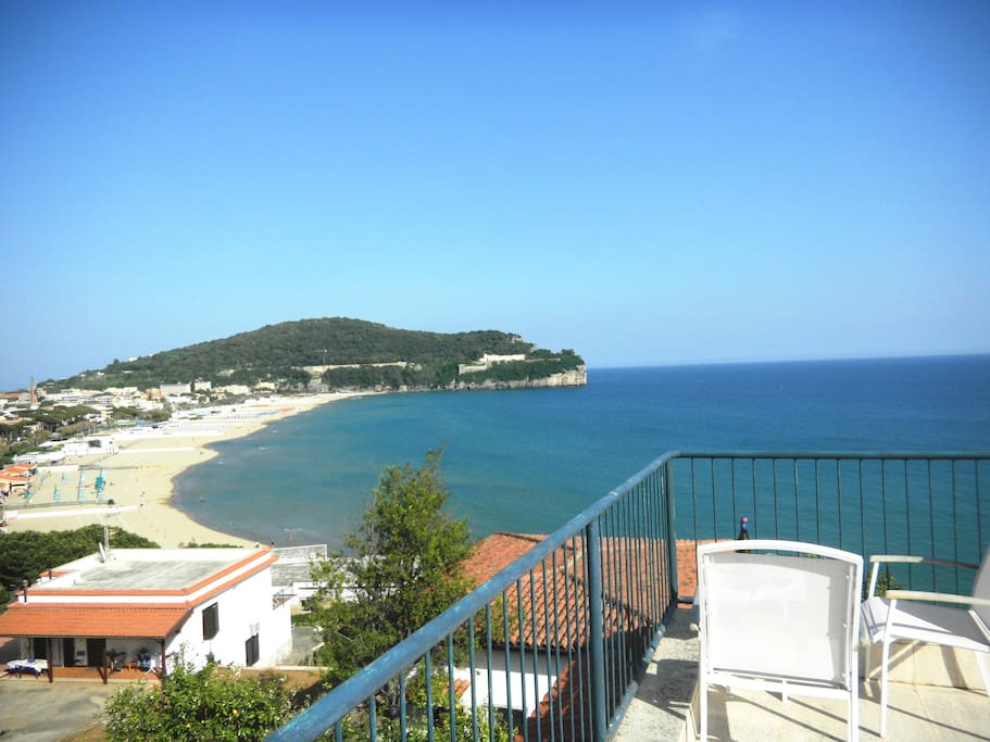 Panoramic seaside home sleeps 6 holiday homes for rent for 110 3rd dilido terrace