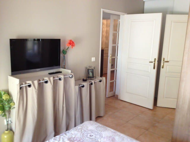 Loue appartement de standing à NICE - นีช - อพาร์ทเมนท์