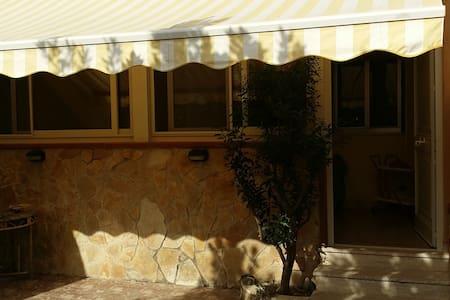Villetta sul mare residence piscina - Contrada Pistavecchia  - Stadswoning