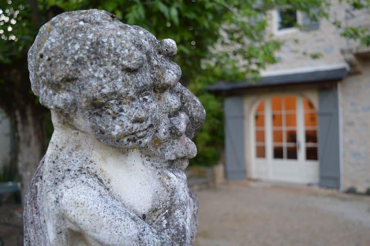 Maison de Caractère lieudit Paradis - Varen - Dům