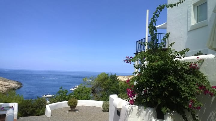 Vacanza a Portinatx  IBIZA