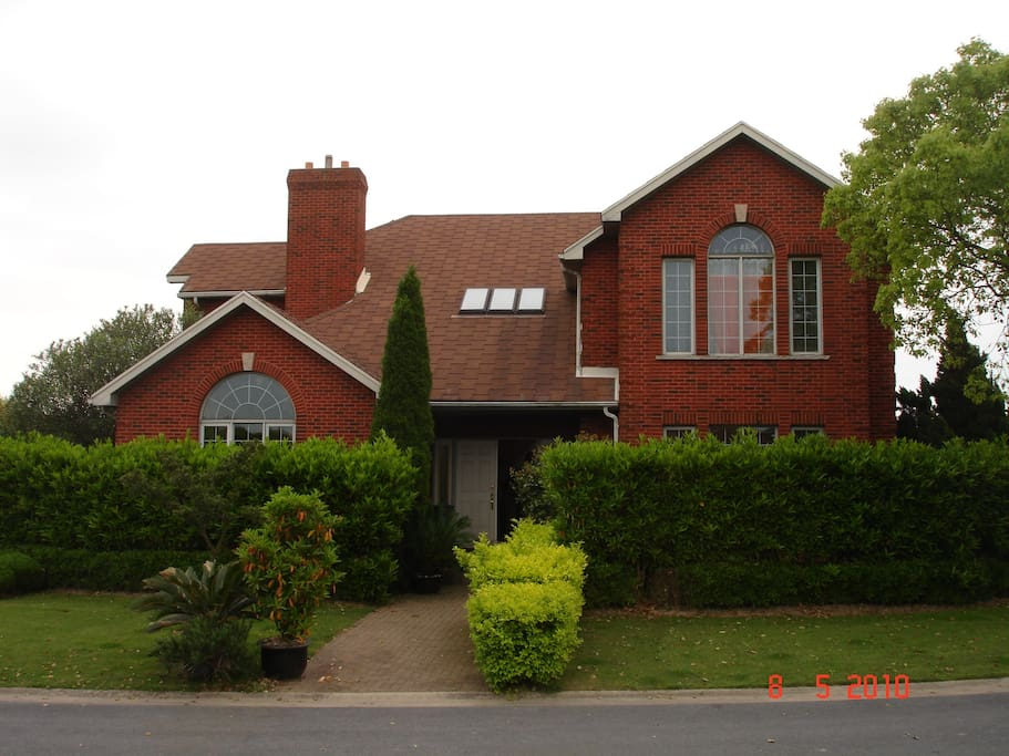 Our Detached 360sq.m house on Links Golf Course