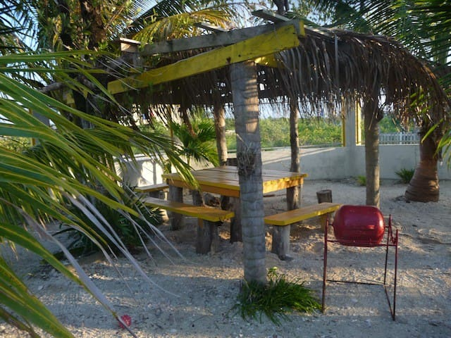 Bay Breezes apt #2, Caye Caulker  - Belize - Apartment