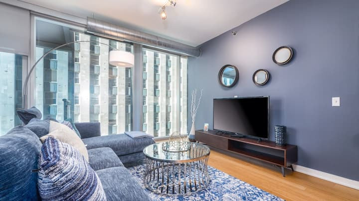 Modern 2BD in River North good for longer stays