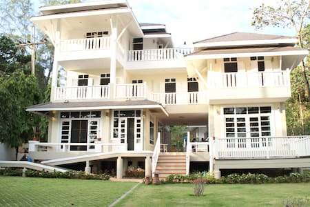 4 Bedroom Beach House, Aou Kai - Ban Laeng