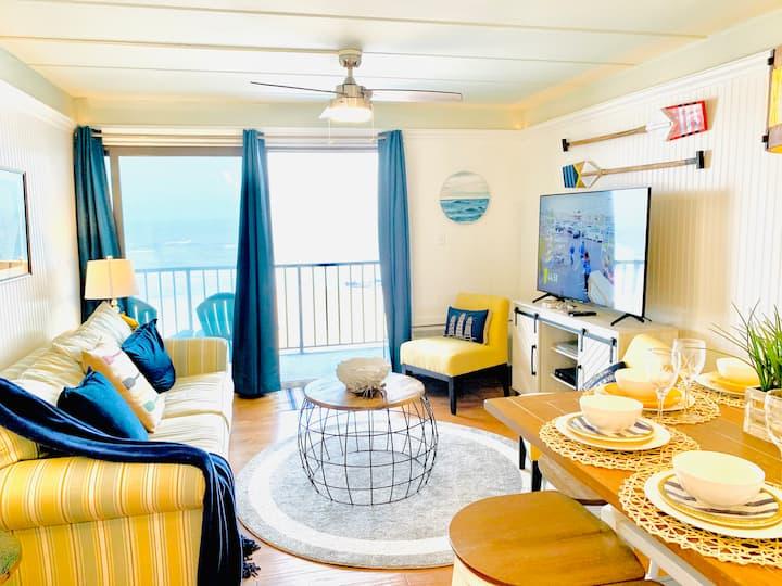 Direct OceanFront Luxury Condo on Boardwalk w/Pool
