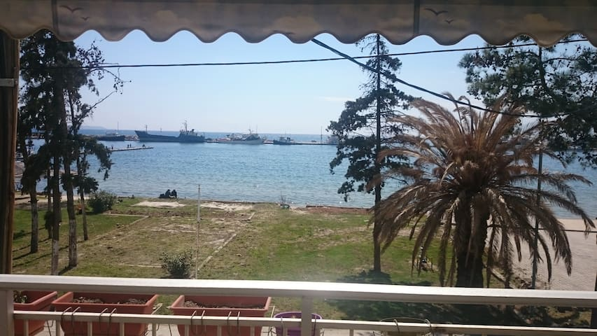 A Great Apartment with amazing sea view - Nea Moudania - Apartment