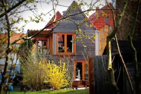 2-Familienhaus am NORSCHEL der Welt - Huis