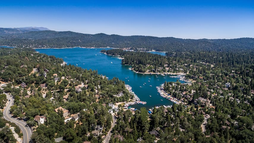 Lake & Mountain Views - Privacy—Lake Arrowhead CA