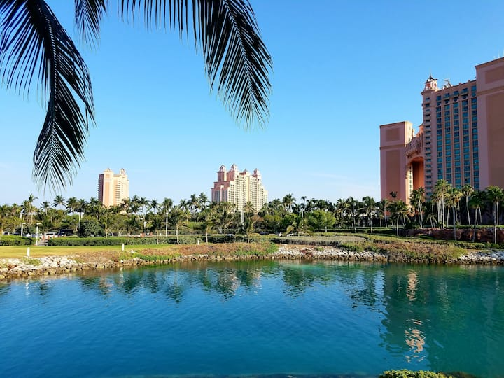Harborside at Atlantis Resort full Atlantis access