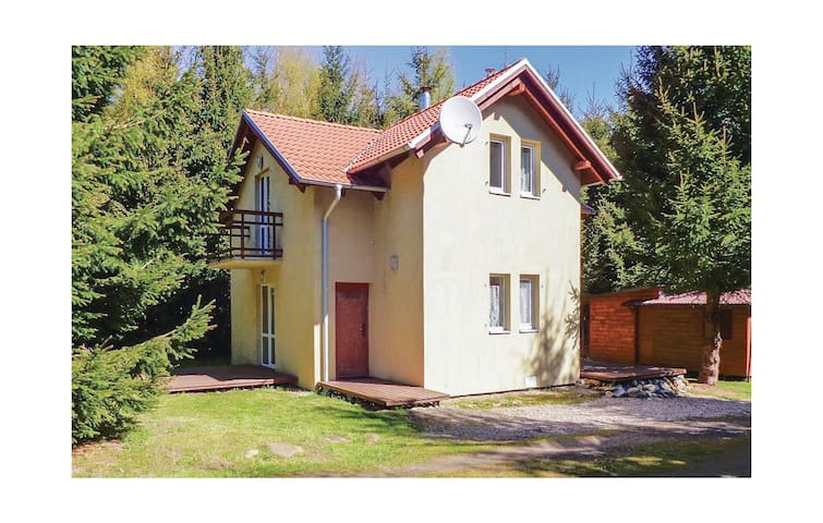 Holiday cottage with 3 bedrooms on 80 m² in Pl-78-111 Ustronie Morskie
