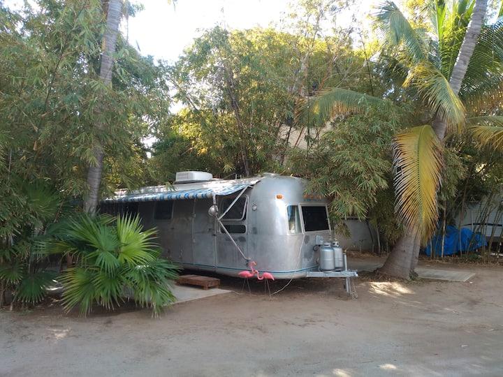 Airstream Paradise.Casarodante Clásica en la Playa