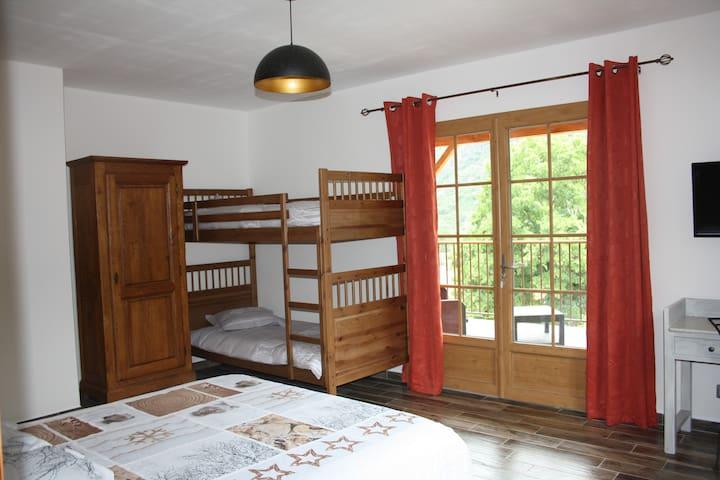 chambre Marmotte avec lit superposé 90/200