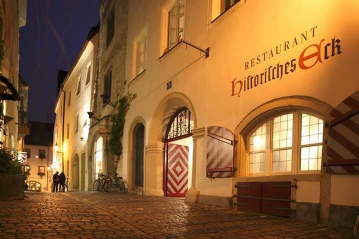 Historisch Wohnen in der Altstadt - Regensburg - Apartemen