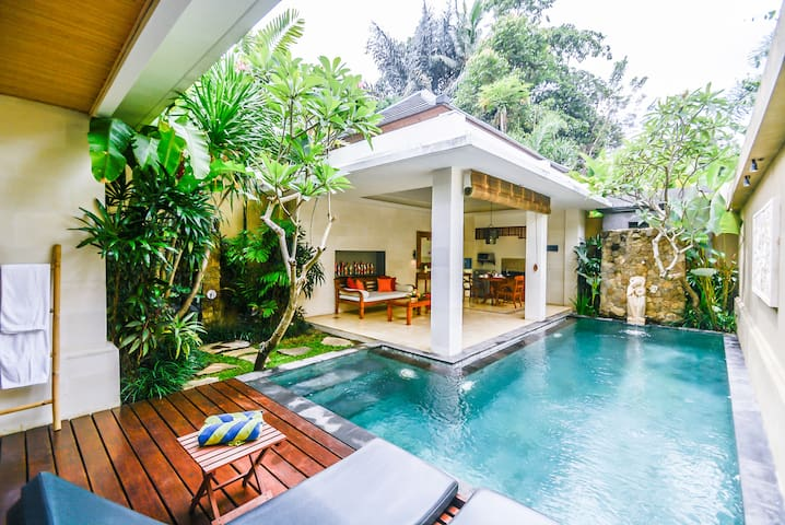 Holiday Villa with Private Pool in Ubud