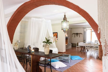 amazing apartment in a old cave - Arezzo - Appartement