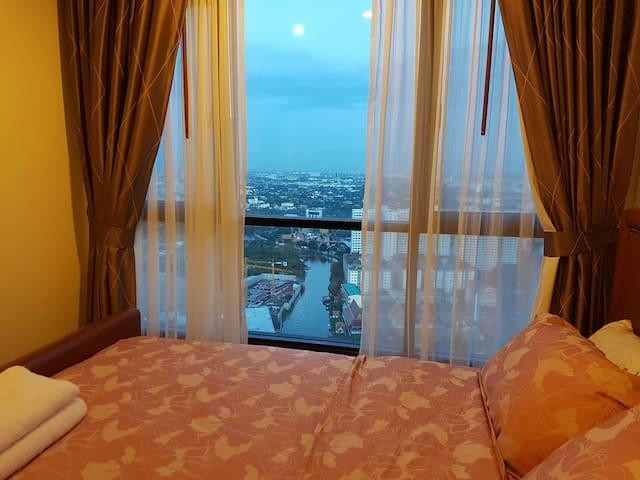 Luxury condo 38th floor Onnut BTS - Bangkok - Apartment