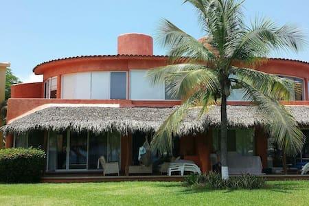 Villa Playa Blanca - Huis