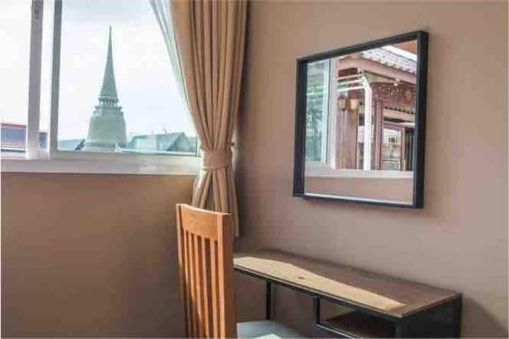 Family Room with Best view of Old town Bangkok