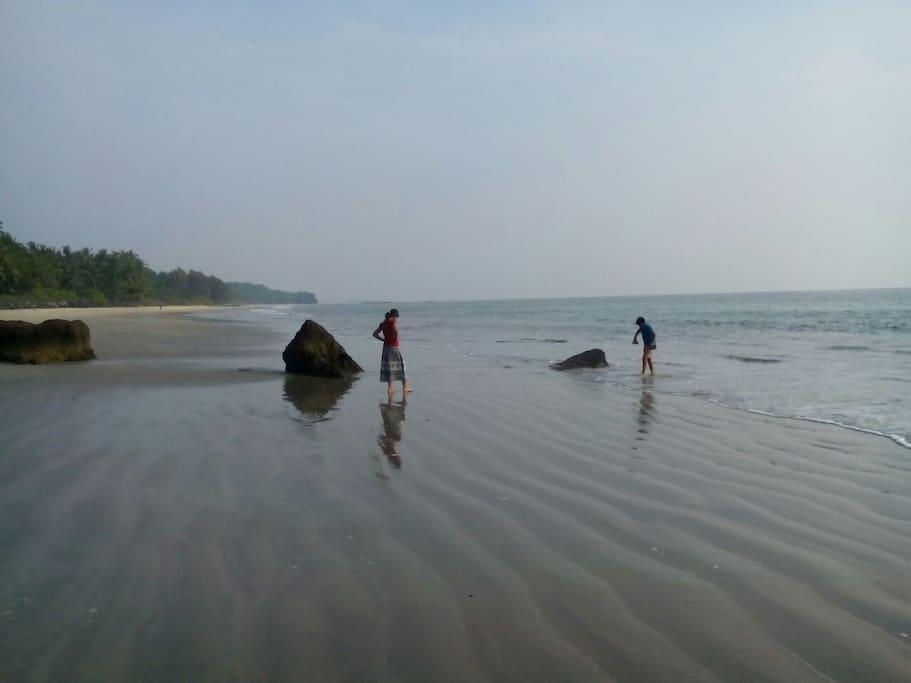 kizhunna beach.  Just a minute walk from home.