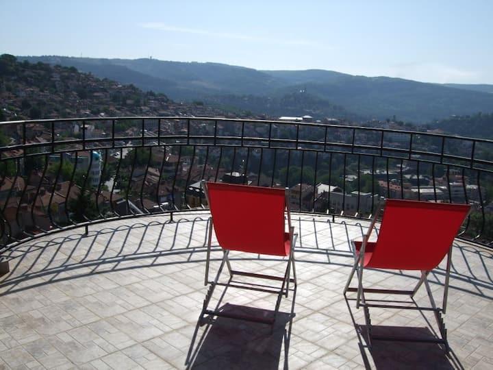 best views Veliko Tarnovo, sleeps 2