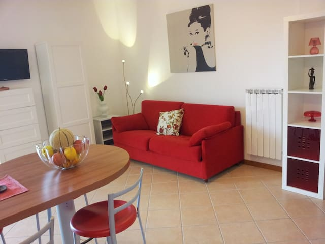 Nice new flat,  600m from beaches - Varazze