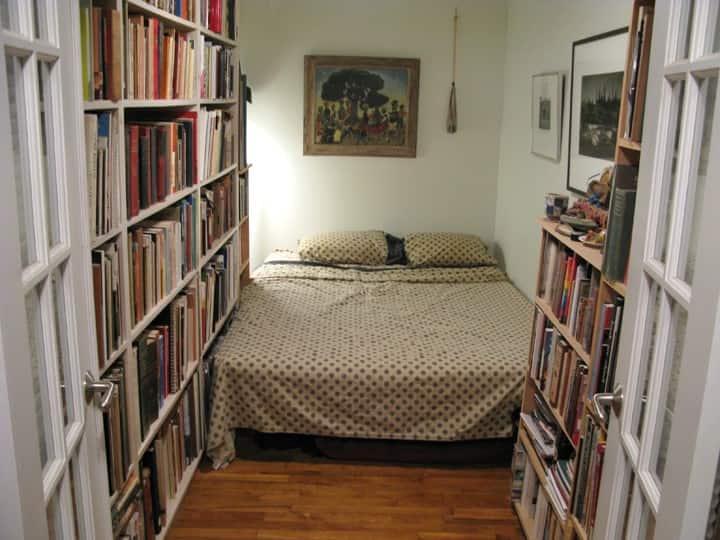 Fort Greene, Brooklyn: Center Bedroom