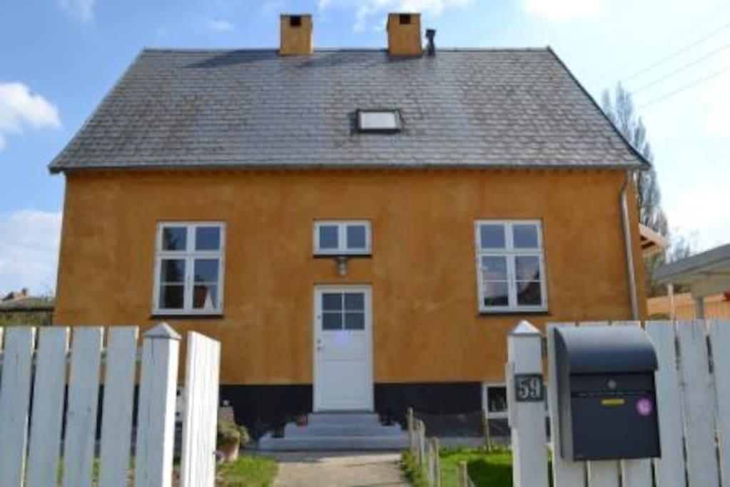 Vores gule hus