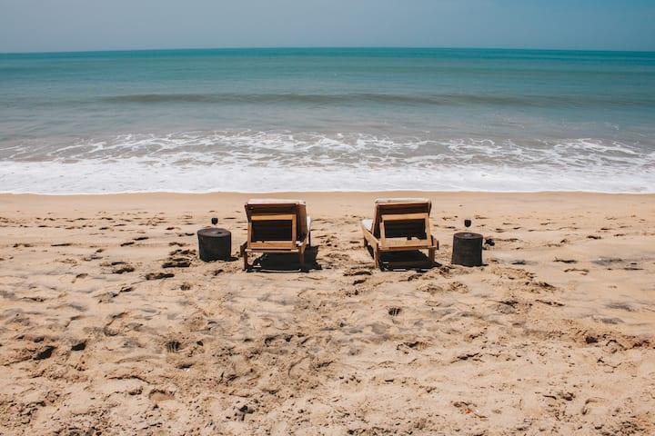 VILLAS BADIENE : un bijou posé sur la plage