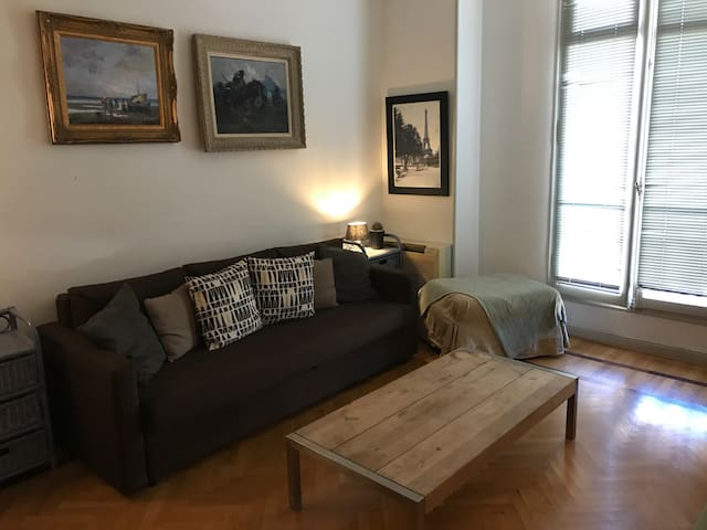 STUDIO CARRE OR 5 MIN FROM THE SEA