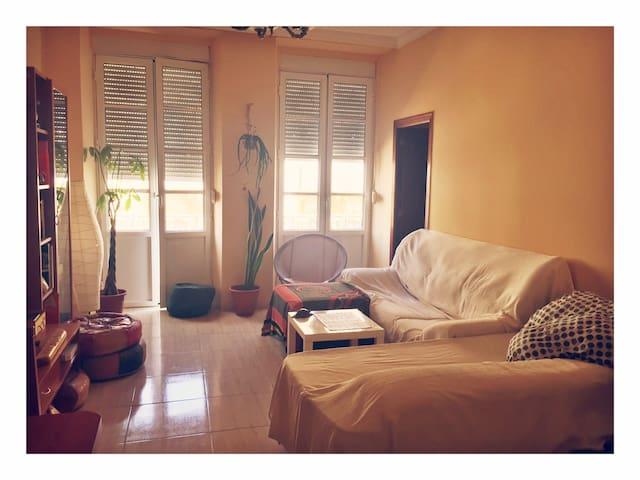 Habitación acogedora en apartamento céntrico
