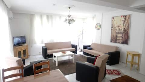 Cesme Near the Marina 3+1 Full Flat