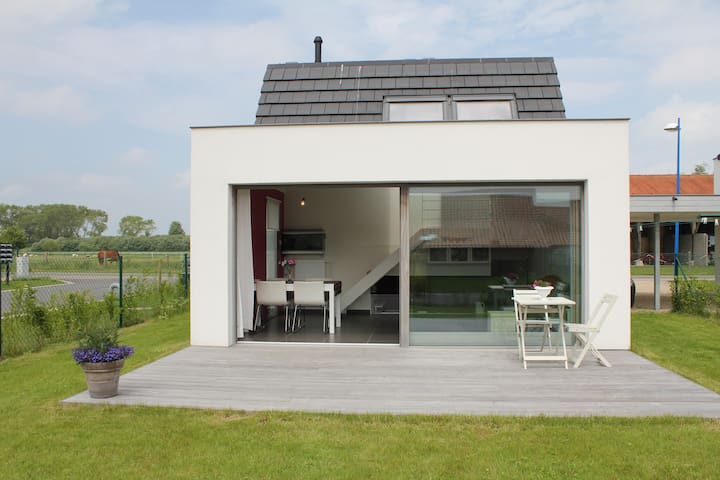 Nice and sunny holiday house - Koksijde - House