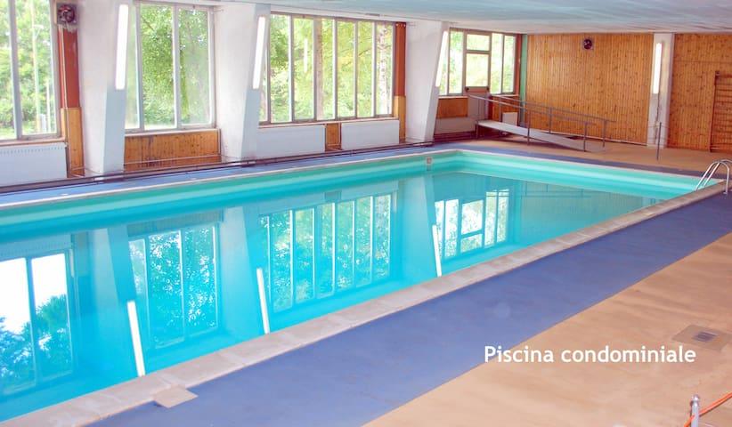 Stupendo app con piscina 50mt piste appartamenti in for Piscina cuneo