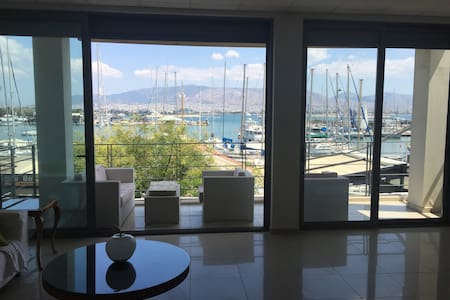 Loft-in Front of the SEA in Athens (Peireas) - Pireas - Loft