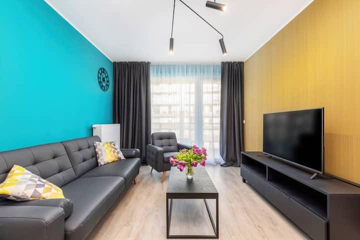 Central Apartment Poznan ★ Garage, Balcony, Wi-fi