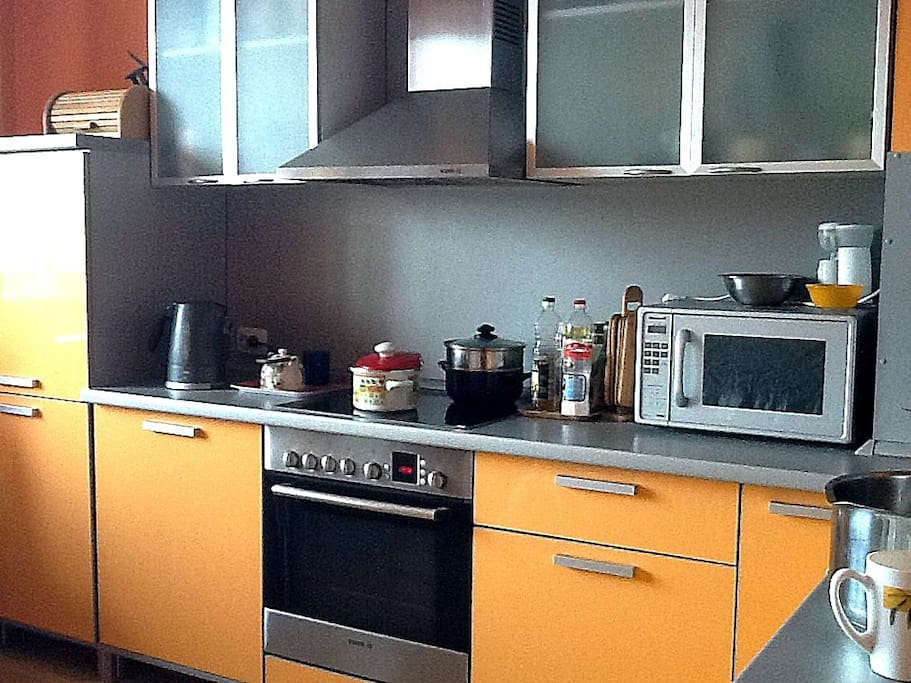 fully equipped kitchen, you are free to use everything here