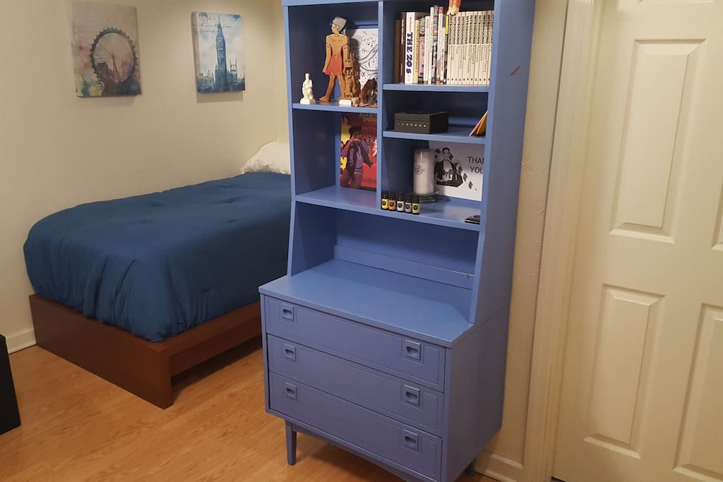Dresser for your use