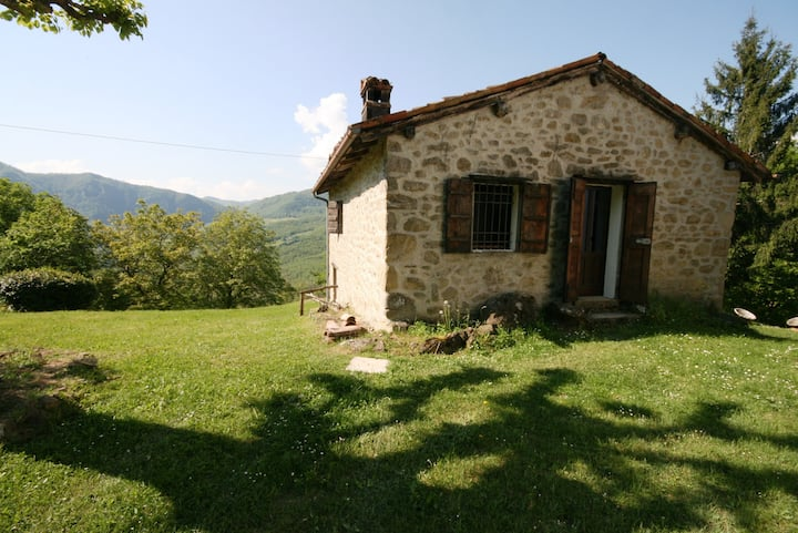 A stone cottage of 1.300