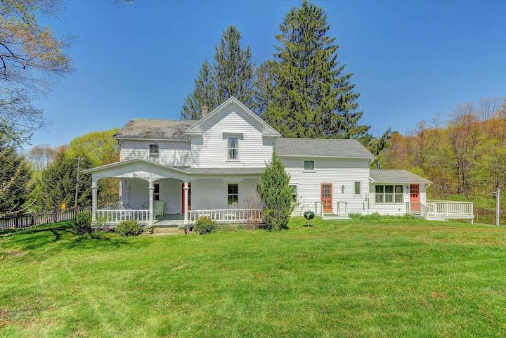 Elmwood Farmhouse