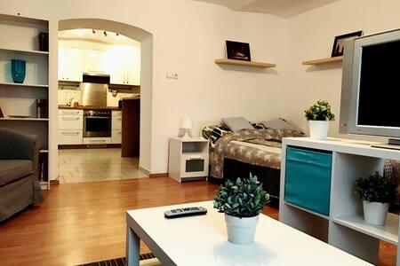Klimó apartment - Pécs - Apartment